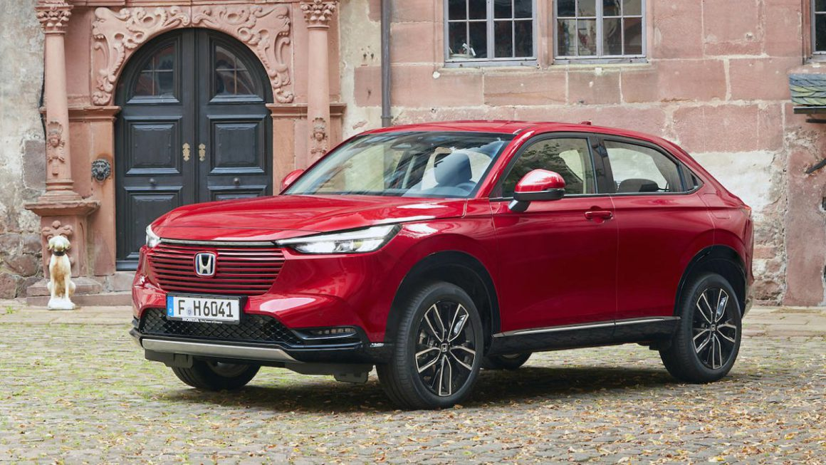 Honda HR-V e: HEV in the driving report: Idiosyncratic hybrid with savings ambitions