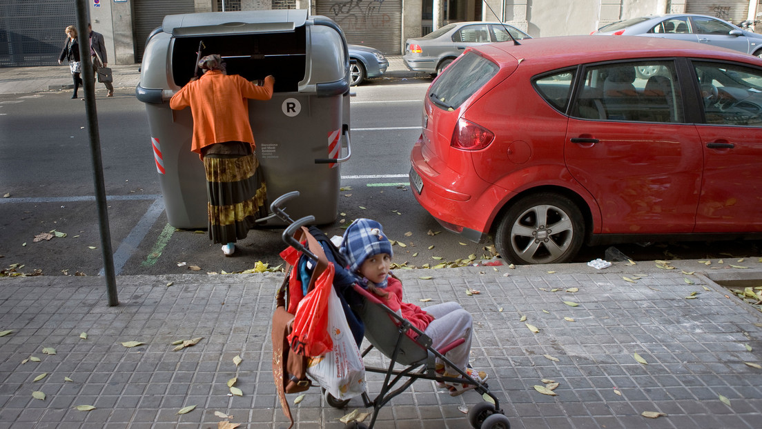 Severe material poverty has increased in Spain during the pandemic year as well as in the six years of economic crisis