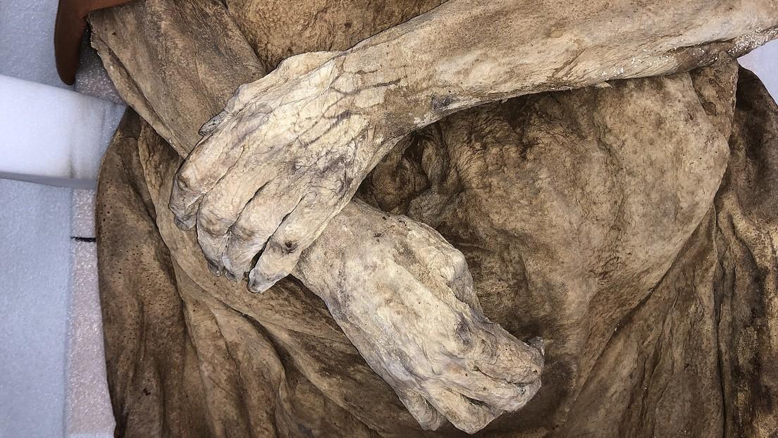 Encuentran a tres 'parientes' vivos de una momia suiza del siglo XVIII
