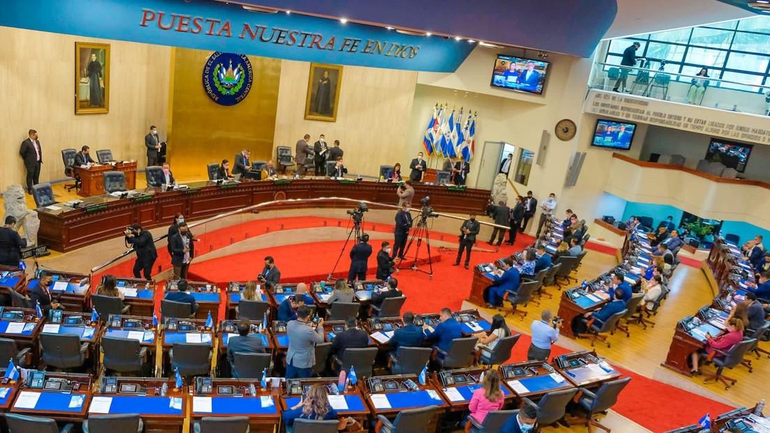 La Asamblea Legislativa de El Salvador rechaza la despenalización del aborto