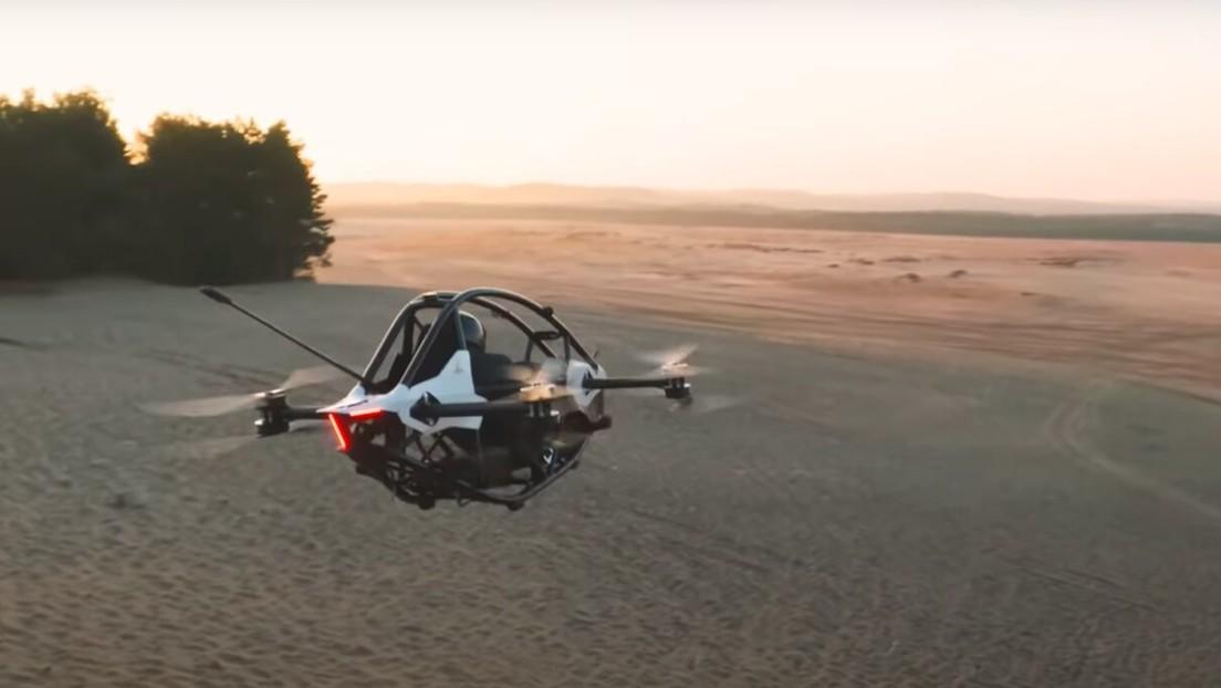VIDEO: Presentan un vehículo eléctrico volador a lo 'Star Wars' que se conduce como una 'consola de videojuegos'