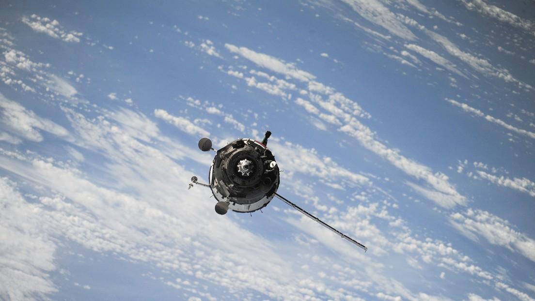 Científicos chinos desarrollan un dispositivo que puede colocarse dentro de un satélite y provocar su explosión