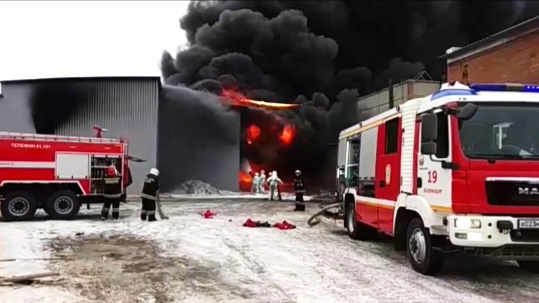 Several killed and injured in a fire in a gunpowder workshop in western Russia