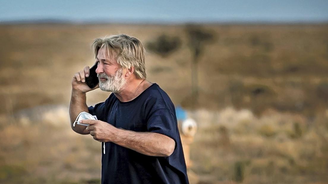 Qué se sabe sobre el disparo accidental de Alec Baldwin, que mató a la directora de fotografía Halyna Hutchins durante el rodaje de la película 'Rust'