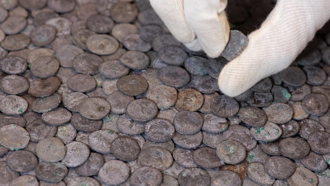 Encuentran en Alemania un tesoro romano de más de 5.500 monedas de plata de casi 2.000 años de antigüedad