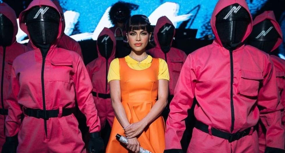 """Natti Natasha dressed up as the doll from """"The Squid Game"""" for her concert - El Comercio"""