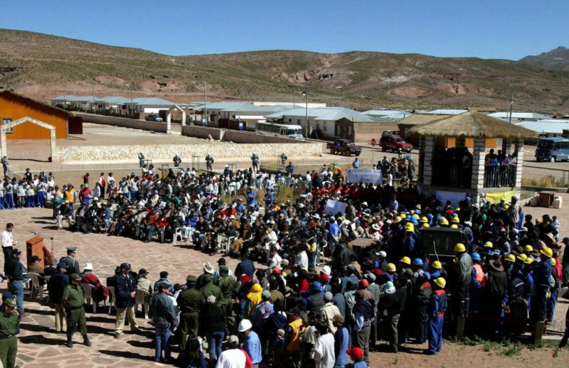 A local consortium negotiates the purchase of the largest mining company in Bolivia from Sumitomo