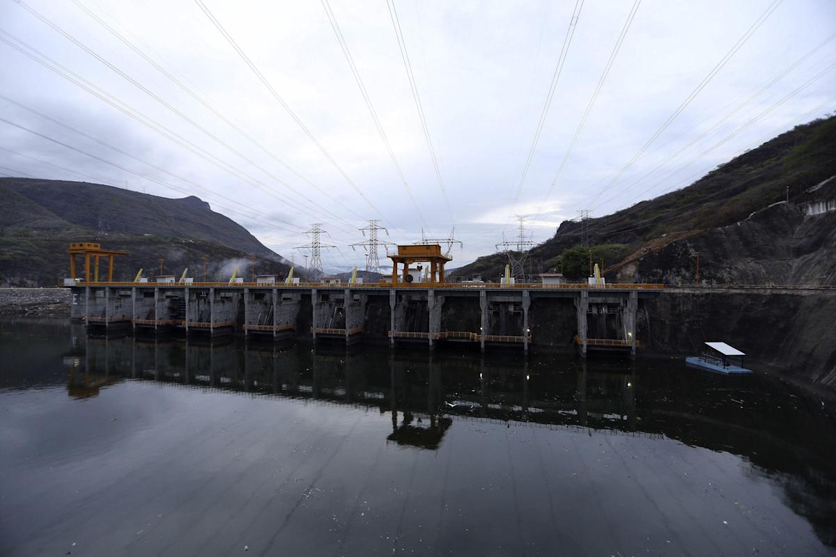 AMLO's project would not impact private renewable energy companies