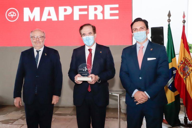 Antonio Huertas receives the 'Spanish Personality 2020' award in Brasilia
