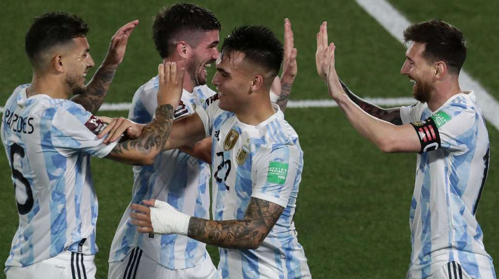 Argentina receives Peru with the aim of taking another step towards Qatar 2022: time, TV and training