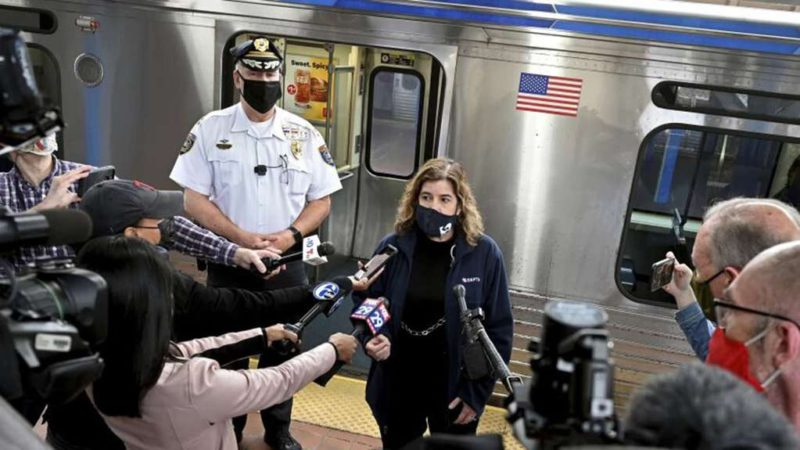 Commotion in the United States: a woman was raped on a train while a dozen passengers watched and recorded with their phones