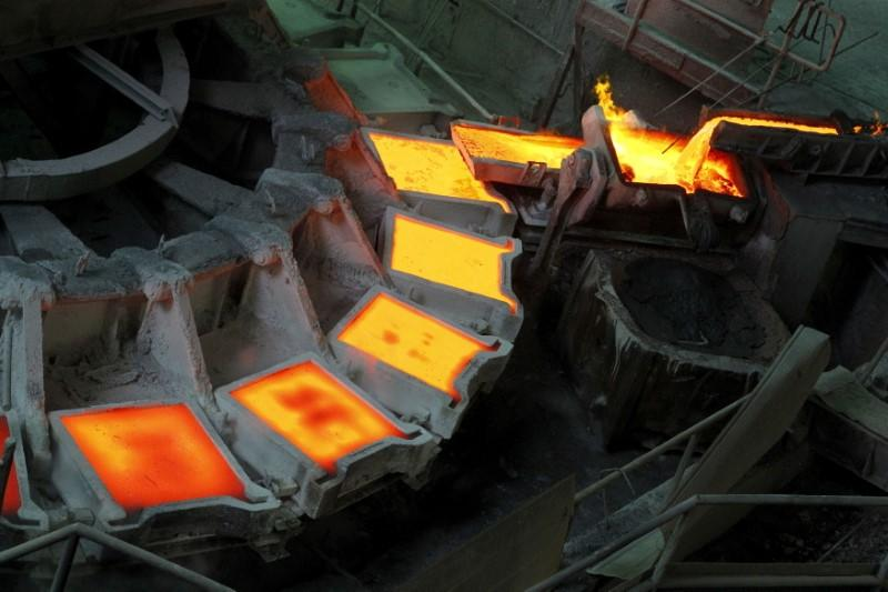 Copper rises to record highs amid supply shortage