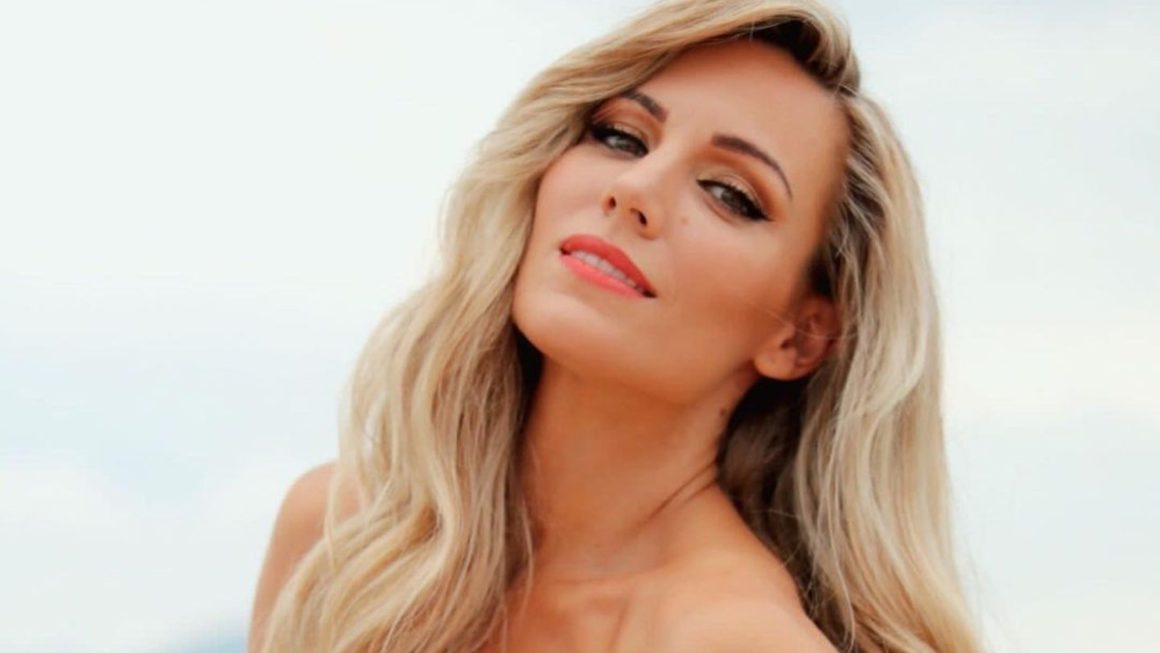 Edurne sweeps with a heart attack neckline and a radical change of look