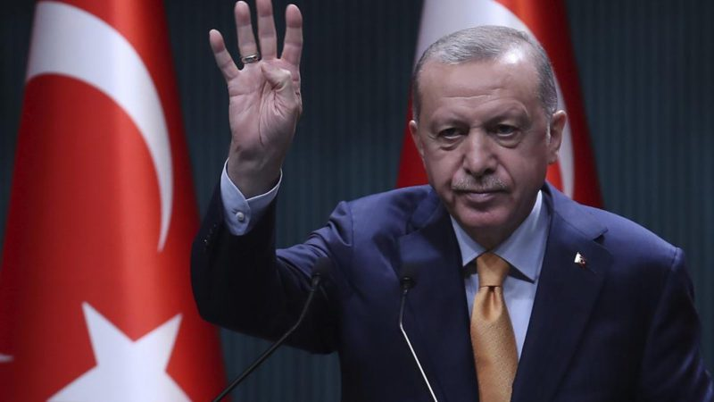 Erdogan puts more pressure: Turkey cuts rates again and the lira sets new all-time lows