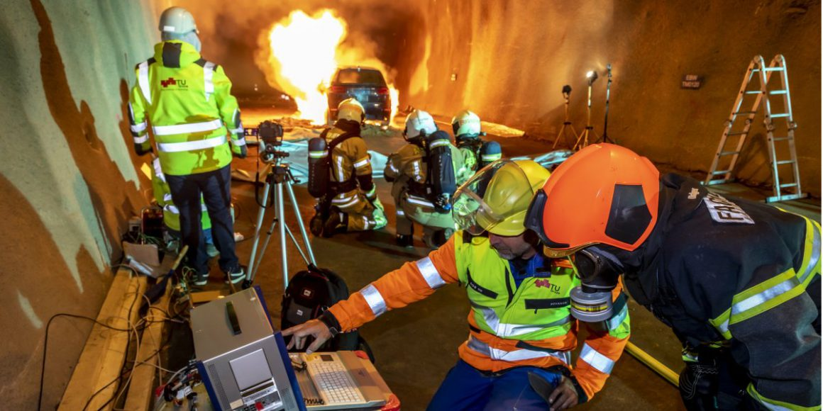 Fire tests with e-cars in the tunnel with mixed results