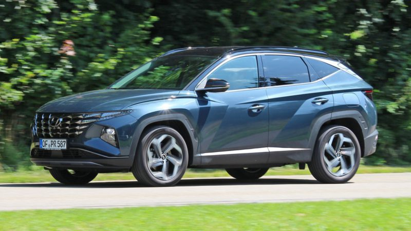 Hyundai Tucson Hybrid review: economical without external charging