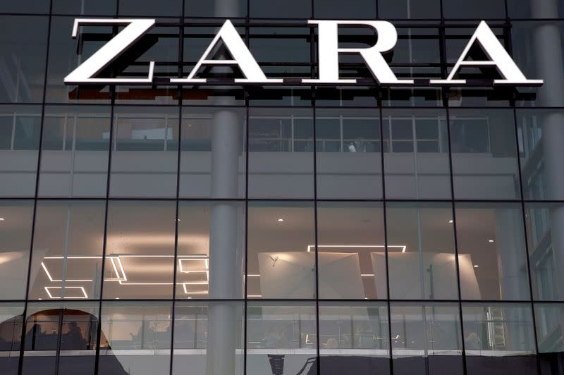 Inditex will charge for paper bags in Spanish stores