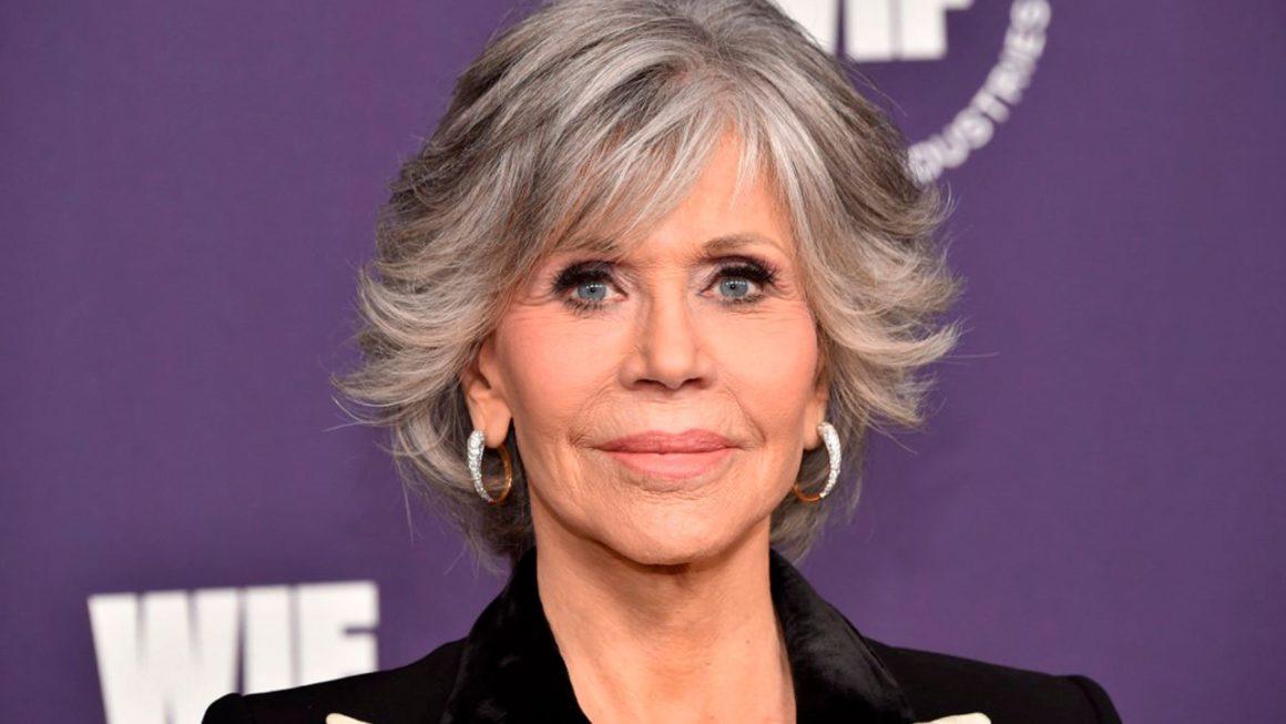 "Jane Fonda asks to boycott restaurants that serve octopus: ""They are extremely intelligent animals"""