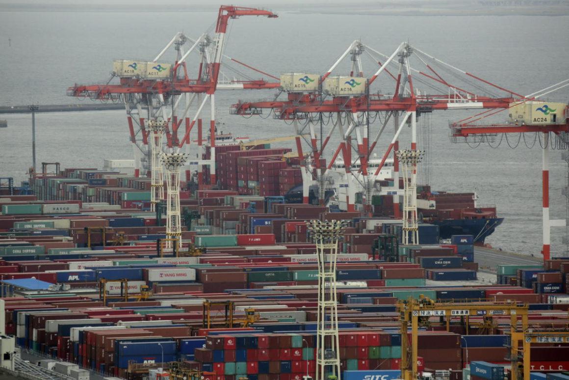 Japan registered a trade deficit of 4,669 million euros in September