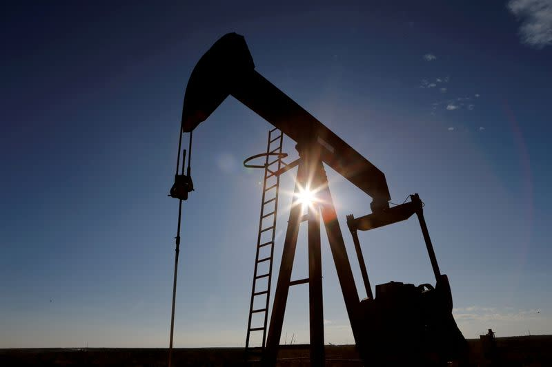Saudi energy minister says switch from gas to crude could demand up to 600,000 bpd