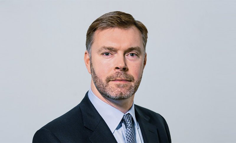 Steve Gunning leaves his position as CFO of IAG and will be replaced by Nicholas Cadbury