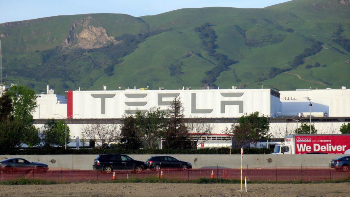 Tesla creates a record quarter