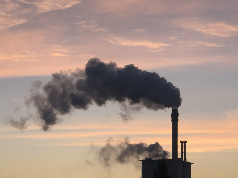 UN report: Fossil fuels are promoted more than is good for the climate