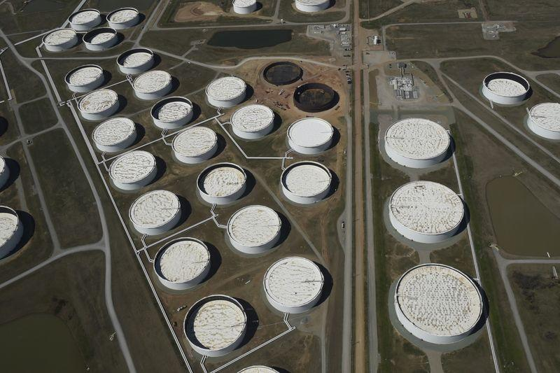 US crude inventories rise more than expected in the last week: EIA
