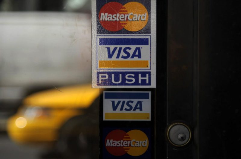 Visa earns 12,311 million dollars in fiscal year 2021, 13% more