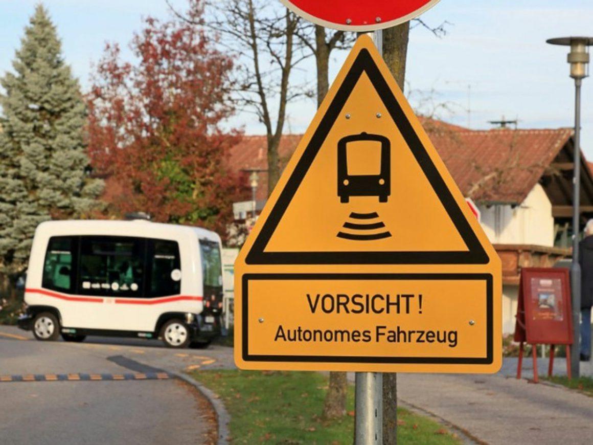 ZF and DB Regio develop autonomous shuttles for public transport